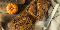 This easy and super moist chocolate chip pumpkin bread is made with just 3 simple ingredients! (cake mix, pumpkin puree and chocolate chips). It's my favorite easy pumpkin breakfast or snack recipe for Fall. Best Pumpkin Bread Recipe, Moist Pumpkin Bread, Pumpkin Cake Recipes, Banana Bread Recipes, Pumpkin Ideas, Starbucks Pumpkin Bread, Pumpkin Chocolate Chip Bread, Pumpkin Crunch, Healthy Pumpkin