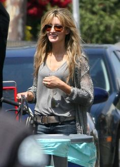 Love Natascha McElhone's Style on Californication.