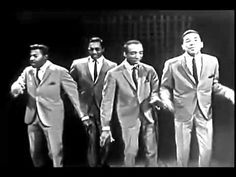 THE MIRACLES / SHOP AROUND (1960) Back in the day when Music meant something.