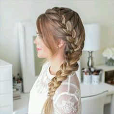 Braided Hairstyle for Long Hair! Today we are goin… Braided Hairstyle for Long Hair! Today we are going to talk about those gorgeous braid styles. I will show you the best and trendy hair braid styles with some video tutorials. Braided Hairstyles Tutorials, Easy Hairstyles For Long Hair, Diy Hairstyles, Halloween Hairstyles, Hairstyles Videos, Side Braids For Long Hair, School Hairstyles, Easy Hairstyles For Weddings, Easy Hair Braids