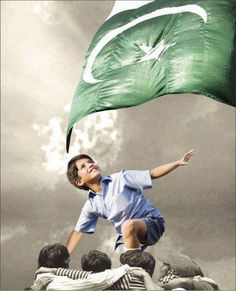 14 August Independence Day of Pakistan. If you are looking for Pakistan Independence Day wishes and Whatsapp Status, You're on the right place. Independence Day Pictures, Independence Day Wishes, Pakistan Independence Day, Pakistan 14 August, Pakistan Zindabad, Pakistan Fashion, Pakistan Photos, World Most Beautiful Place, Pakistan Armed Forces