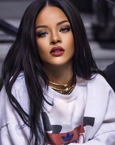 some humans Rhianna. Mode Rihanna, Rihanna Love, Rihanna Riri, Rihanna Style, Beyonce, Rihanna Makeup, Jenifer Lawrence, Bad Girl Aesthetic, Bad Gal