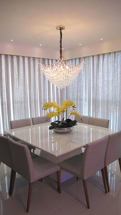 32 Fabulous Contemporary Dining Room Decorating Ideas - The latest trends, the newest styles, ah, this is what makes the world go around. Contemporary dining room sets can help you to make a statement about. Dining Room Table Decor, Dining Table Design, Dining Room Sets, Living Room Decor, Room Chairs, Dining Area, Luxury Dining Room, Square Dining Tables, Apartment Interior