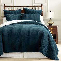 Made of cotton velvet that's been garment-washed to give it a soft, matte finish, our Atwood bedding features a channel-stitched design that makes an elegant impression. Generously sized and machine-washable, it's bound to make you want to pucker up Teal Bedspread, Teal Bedding Sets, Teal Comforter, Teal Quilt, Velvet Bedspread, Navy Bedding, Bedding Sets Online, Luxury Bedding Sets, Quartos