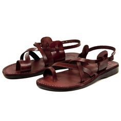 Jerusalem Sandals Ari - The Ari sandal has already become a fast favorite at Bulo! This simple and easy-to-wear style is an updated version of Jerusalem Sandals' popular style The Good Shepherd. This adjustable and fashionable sandal pairs perfectly with your on the go summer wardrobe!