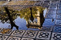 Universitat de Barcelona: reflection. Catalonia | Europe