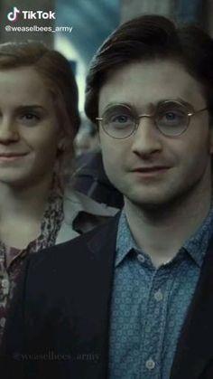 Harry Potter Cartoon, Harry James Potter, Harry Potter Pictures, Harry Potter Aesthetic, Harry Potter Universal, Harry Potter Fandom, Harry Potter Characters, Ron And Harry, Harry Potter Hermione Granger