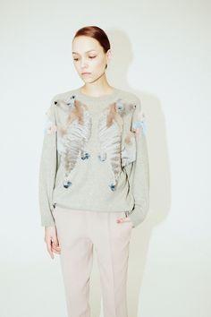 Alena Akhmadullina Fall 2017 Ready-to-Wear Fashion Show Collection