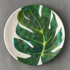 Check out Tropical Foliage Melamine Plate from Terrain Pottery Bowls, Ceramic Pottery, Keramik Design, Weathered Furniture, Pottery Painting Designs, Leaf Drawing, Plate Art, Plate Design, Air Dry Clay