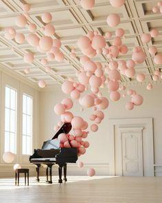 Pink balloon art and grand piano. Instalation Art, Plakat Design, Balloon Decorations, Music Party Decorations, Balloon Arrangements, Spring Decorations, Decoration Party, Oeuvre D'art, Event Decor