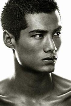 Chinese model Hao Yunxiang