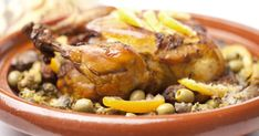 Chicken tajine with candied lemons and olives Citrus Chicken Marinade, Chicken Marinades, Lemon Chicken, Chicken Recipes, New Easy Recipe, Couscous Salat, Moroccan Chicken, Moroccan Bread, Moroccan Dishes
