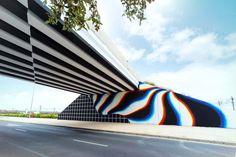 Glitch Art – The latest street art creations by Felipe Pantone (image)