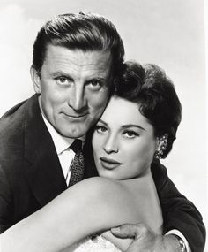 Kirk Douglas, Famous Men, Golden Age, Maps, Photographs, December, Portraits, Hollywood, Celebs