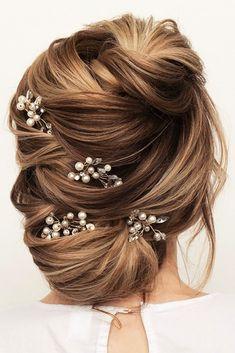 Elegant Wedding Hairstyles #weddings #bride #bridal #wedding #hairstyles #weddinghairstyles #fashion #dpf