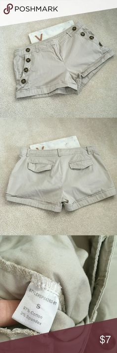 love culture womens small khaki short shorts cuff good condition slightly worn the button on the inside is missing though perfect for all occassions casual and classic Love Culture Shorts