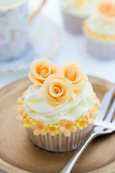 Easy Pics Cupcake Flowers