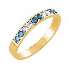 #Vihkisormus - Honolulu - #MalminKorupaja. #Timanttisormus, #rivisormus, värilliset timantit. #Diamond #ring by Malmin Korupaja. #Wedding ring, #yellowgold, #coloureddiamonds.