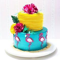 """Chef Nicole Santos no Instagram: """"Torta em chantininho tropical #cakeart #tropical #flamingo #arteemchantininho #cake #bolospersonalizados #festatropical"""""""