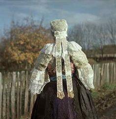 Záznamy Folk Costume, Costumes, Folk Clothing, The Lost World, Folk Dance, Bratislava, Beautiful Patterns, Family History, Europe