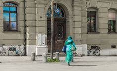 Türkiser Farbtupfer in Bern Bern, Dame, Duster Coat, Jackets, Fashion, Turquoise Clothes, Down Jackets, Moda, La Mode