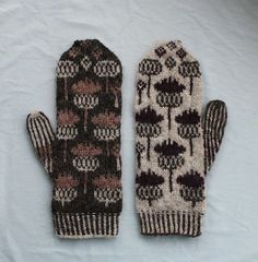 Crochet Patterns Mittens Ravelry: Vottene Hvitbladtistel / Melancholy Thistle pattern by Pinneguri Crochet Mittens, Mittens Pattern, Knitted Gloves, Knit Crochet, Fingerless Mittens, Crochet Cats, Crochet Birds, Crochet Food, Knitted Dolls