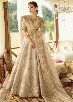 Wedding Dresses With Sleeves Aline .Wedding Dresses With Sleeves Aline Asian Bridal Dresses, Asian Wedding Dress, Pakistani Wedding Outfits, Indian Bridal Outfits, Pakistani Wedding Dresses, Indian Designer Outfits, Indian Dresses, Designer Dresses, Wedding Lehnga