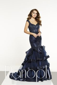 Panoply dress collection shows both drama and romantic in one amazing look. Jay Reynolds, Panoply's head designer, always creates looks that will be perfect for prom, pageant, or that formal socia. Bad Dresses, Prom Dresses 2018, Prom Dress Stores, Designer Prom Dresses, Pageant Gowns, Formal Dresses, Formal Wear, Panoply Dresses, Classy Gowns