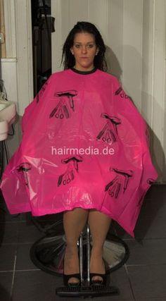 Cut My Hair, Hair Cuts, Nylons, Salon Chairs, Barber Chair, Anne Hathaway, Hairdresser, Blouse, Cape