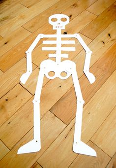 The Crafty Crow: Cut out and keep skeleton