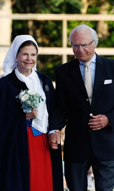 The proud parents celebrated the 38th birthday of their daughter Victoria, Crown Princess of Sweden. A special outdoor concert was held to mark the occasion, which Victoria attended with her husband Prince Daniel and young daughter Estelle, then 3, who waved adorably to crowds during the family outing.<br><p>Photo: © Getty Images</p>