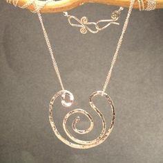 Hammered Heavy Gauge Swirl pendant