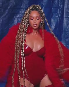 Celebrity Dentist, Celebrity Skin, Celebrity Workout, Celebrity Hair Stylist, Celebrity Makeup, Beyonce Performance, Mixed Hair Care, King Outfit, Celebrity Photographers