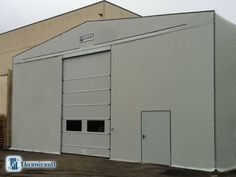 #Chiusureindustriali modello #komby applicate alle #coperture #mobili @civert  in #Umbria  http://www.thermicroll.com/thermicroll-komby/