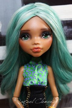 EVELYN*OOAK repaint custom Monster high doll Clawdeen Mattel by Raquel Clemente