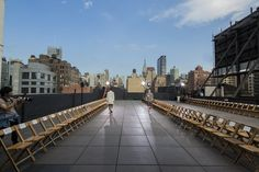 #nycevents #rooftop #rawvenues #tentedroof #events #cocktails #outdoorspace #hudsonmercantile #customizedvenues #movienight #roof #nycroof #nycviews #nycfashionweek