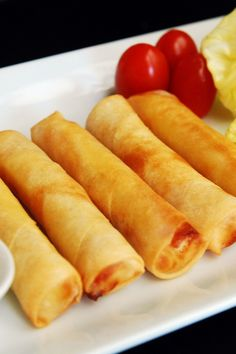 Baked Lumpia Rolls with Dipping Sauce Recipe - Filipino Egg Rolls…… Not sure how i feel about the baked part, Lumpias are the best fried food Filipino Egg Rolls, Comida Filipina, Sauce Recipes, Cooking Recipes, Pork Recipes, Vegan Recipes, Great Recipes, Favorite Recipes, Filipino Recipes