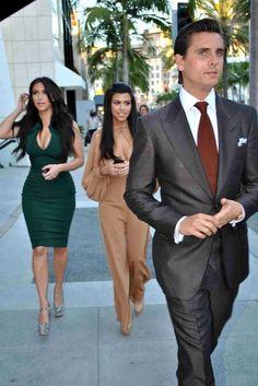 Kim and Kourtney Kardashian Do Dinner with Scott Disick