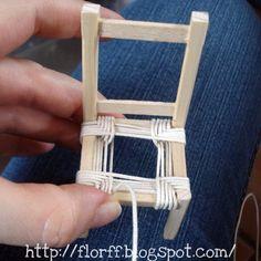Elaboración del asiento de una silla #miniaturas #miniatures #mini #dollhouse #casademuñecas #silla #tejido #muebles #florffminiaturas #Guadalajara #México