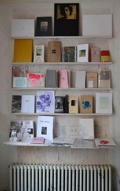 Charmingly simple #zine book shelving. Photo: Natasha Nuñez #print #publishing
