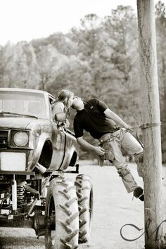 Love my lineman <3 but I actually do :) & this would be PERFECT with the Wrangler!