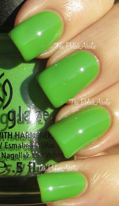 China Glaze - Gaga for Green