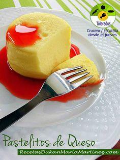 Pastelitos Dukan de Queso Rápidos:  receta para microondas y horno Quark Recipes, Dukan Diet Recipes, Healthy Desserts, Easy Desserts, Healthy Recipes, Mousse, Microwave Recipes, Protein Foods, Light Recipes