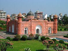 Bangladesh--Ancient Bengali mausoleum in Dhaka, Bangladesh.