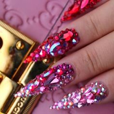 #blingnails hashtag on Instagram • Photos and Videos Pointy Acrylic Nails, Best Acrylic Nails, Cute Acrylic Nails, Cute Nails, Crystal Nails, Clear Nails, Aycrlic Nails, Bling Nails, Cute Acrylic Nail Designs
