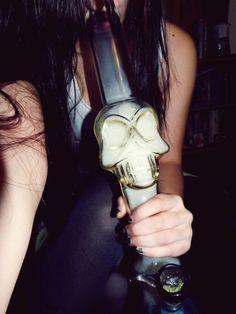 skull<3