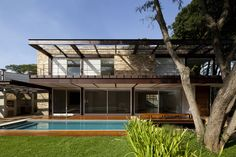 Residência Pau Brasil / Vasco Lopes Arquitetura
