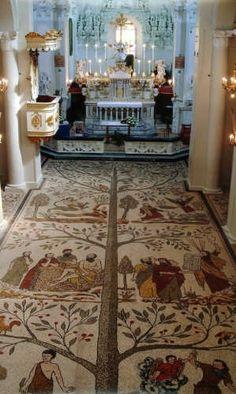 Mosaico dell'albero della vita nella chiesa  madre san Nicola di Corigliano. - CORIGLIANO D'OTRANTO - inserita il 05-Mar-08