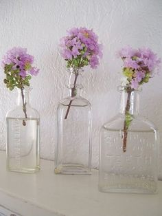 simple and clean. love the vases.
