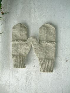 Mens boys basic rustic wool mittens natural by Helidonstitch No Frills, Mittens, Rustic, Wool, Trending Outfits, Unique Jewelry, Handmade Gifts, Natural, Christmas